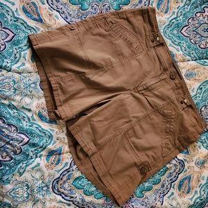 Nine west burmuda jeweled shorts